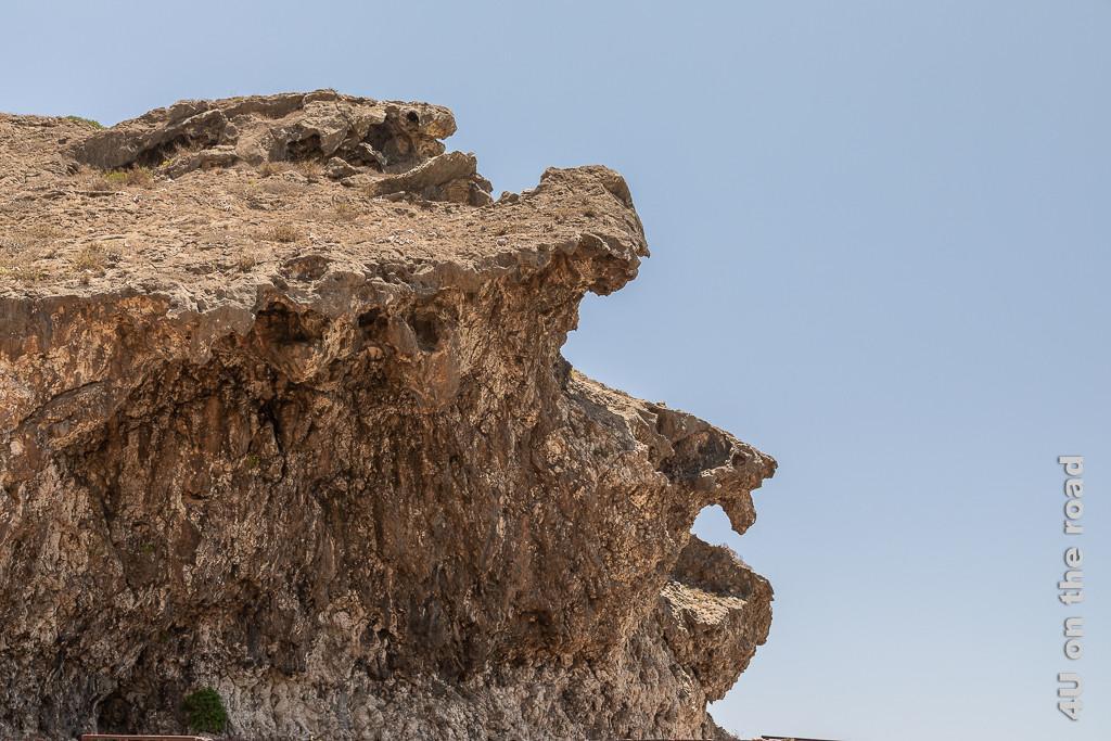 Bild Kalksteingesicht bei den Blowholes zeigt einen Felsen, der ein Gesichtsprofil darstellen könnte.