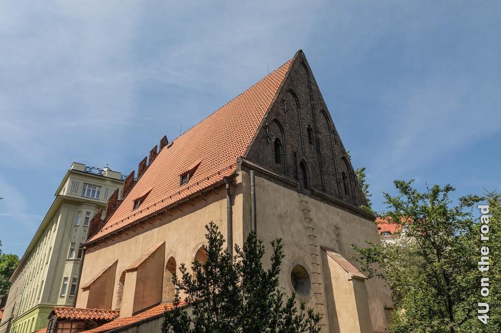 Bild Altneusynagoge, jüdisches Viertel Prag zeigt die älteste, unzerstörte Synagoge in Europas.