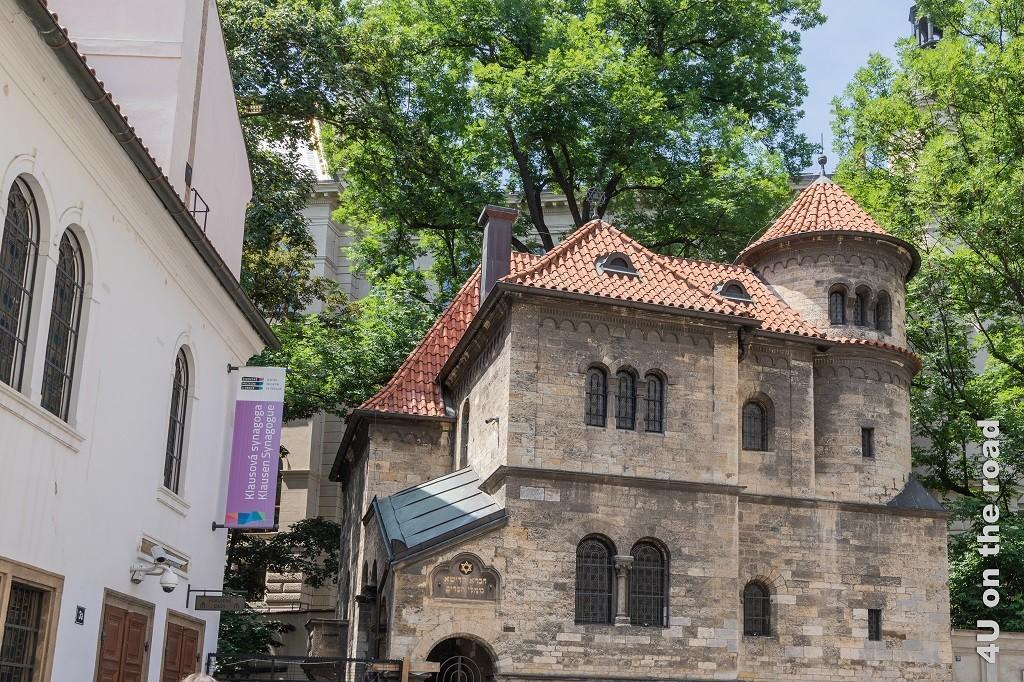 Bild Zeremoniehalle neben dem jüdischen Friedhof, Prag zeigt das Gebäude neben der Klausen Synagoge.