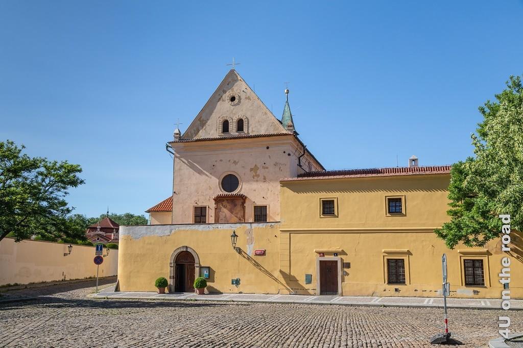 Bild Kostel Panny Marie Andělské zeigt die 1602 erbaute Kirche der Maria der Engelsgleichen.