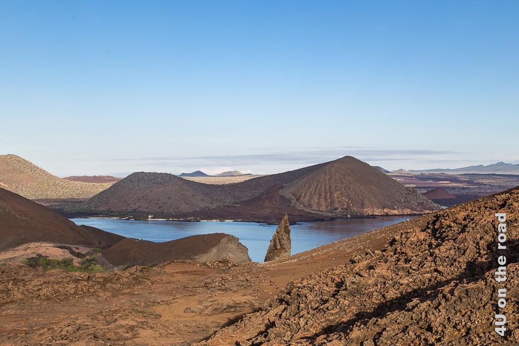 Aussicht auf halber Höhe des Aufstiegs - Bartolomé - Reisebericht Galápagos Kreuzfahrt
