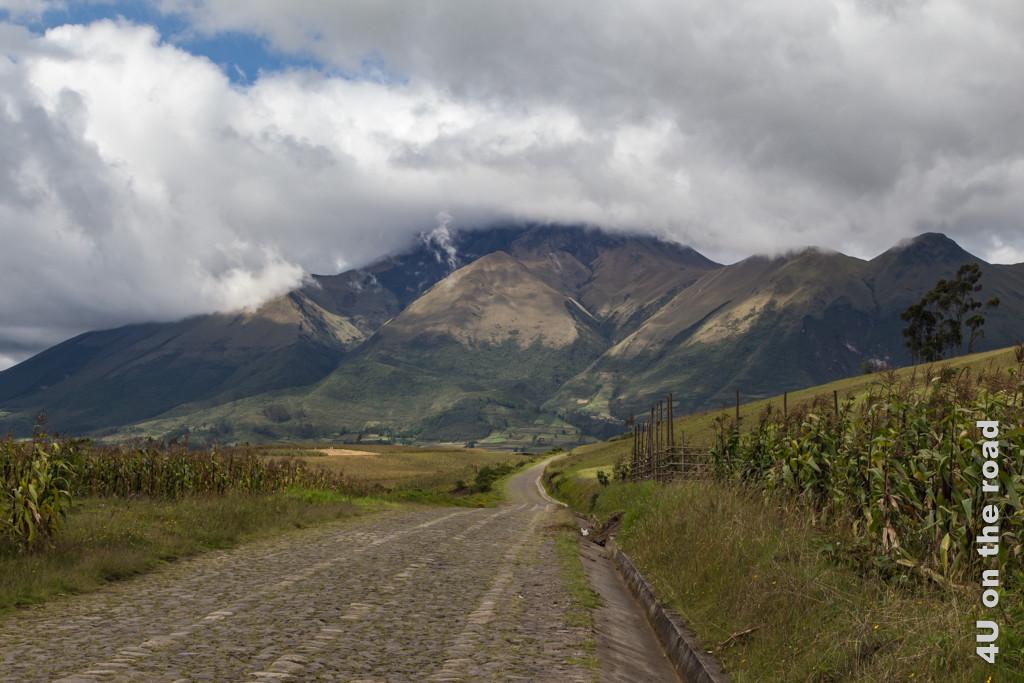 Auf dem Weg zum Kondor Park, Otavalo