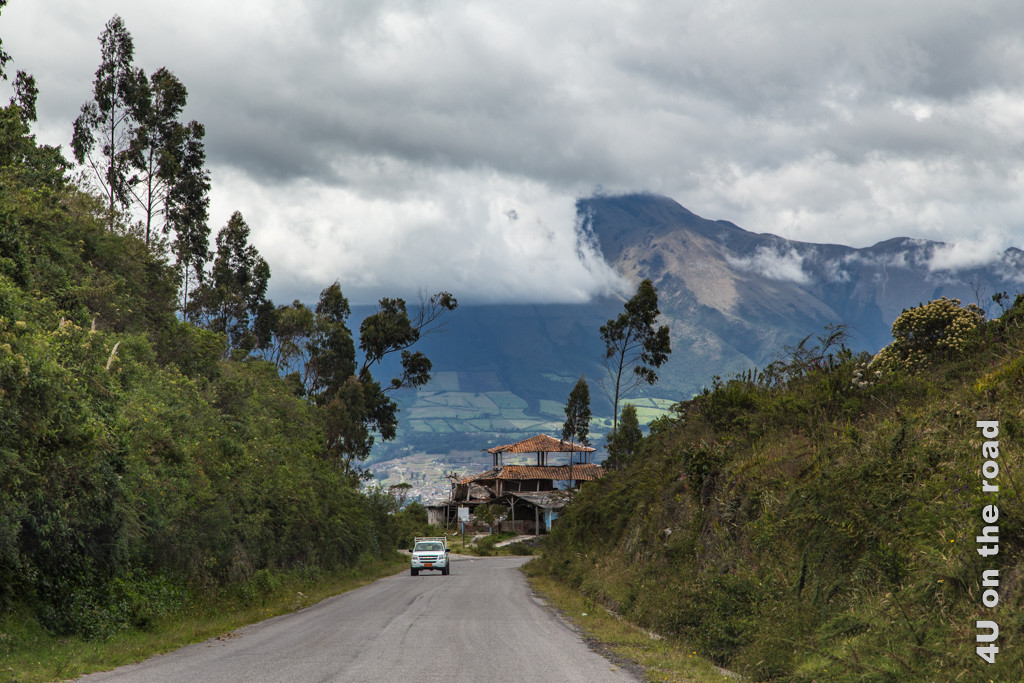 Auf dem Weg nach Cotacachi