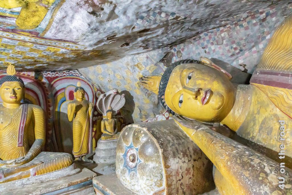 Liegender Buddha in Höhle 3 mit grosser Ähnlichkeit zum liegenden Buddha in Höhle 1 des Dambulla Höhlentempels