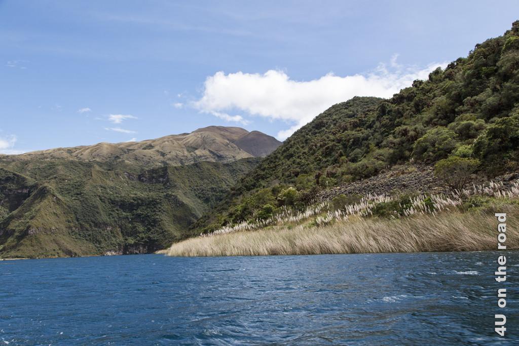 Insel im Wasser, die bei einem späteren Ausbruch des Vulkans entstanden ist