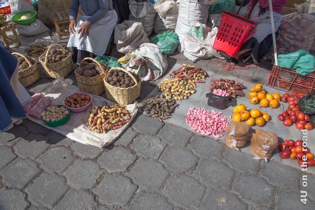 Samstags Markt in Otavalo - so viele verschiedene Kartoffeln