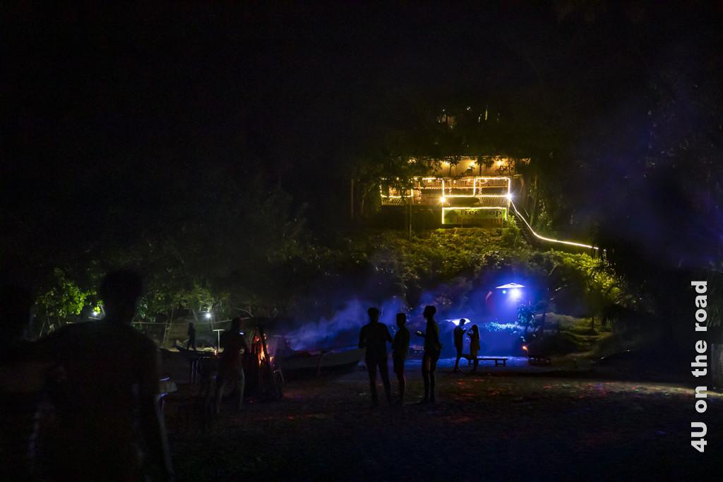 Nachts am Strand von Talalla
