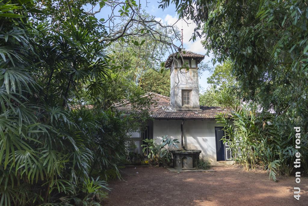 Turmseite des Geoffrey Bawa Hauses - Lunuganga