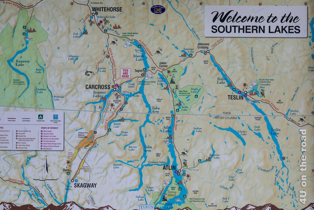 Karte, die Flüsse, Seen, Strassen und die Eisenbahnlinie rund um Carcross darstellt