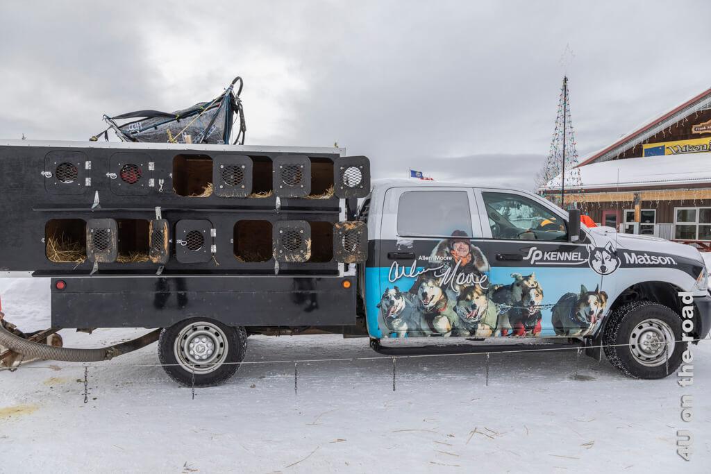 Pickup zum Transport der Hunde von Allen Moore - Yukon Quest