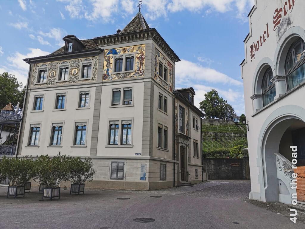 Schönes Haus in Rapperswil auf dem Weg zum Kloster