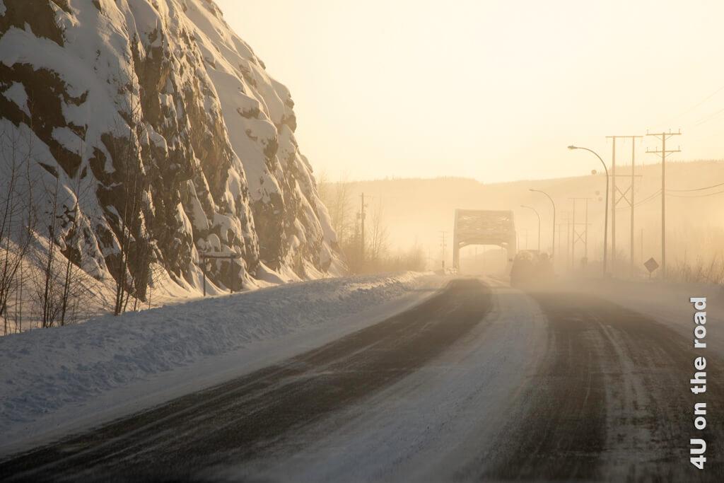 Bald liegt Dawson City hinter uns.
