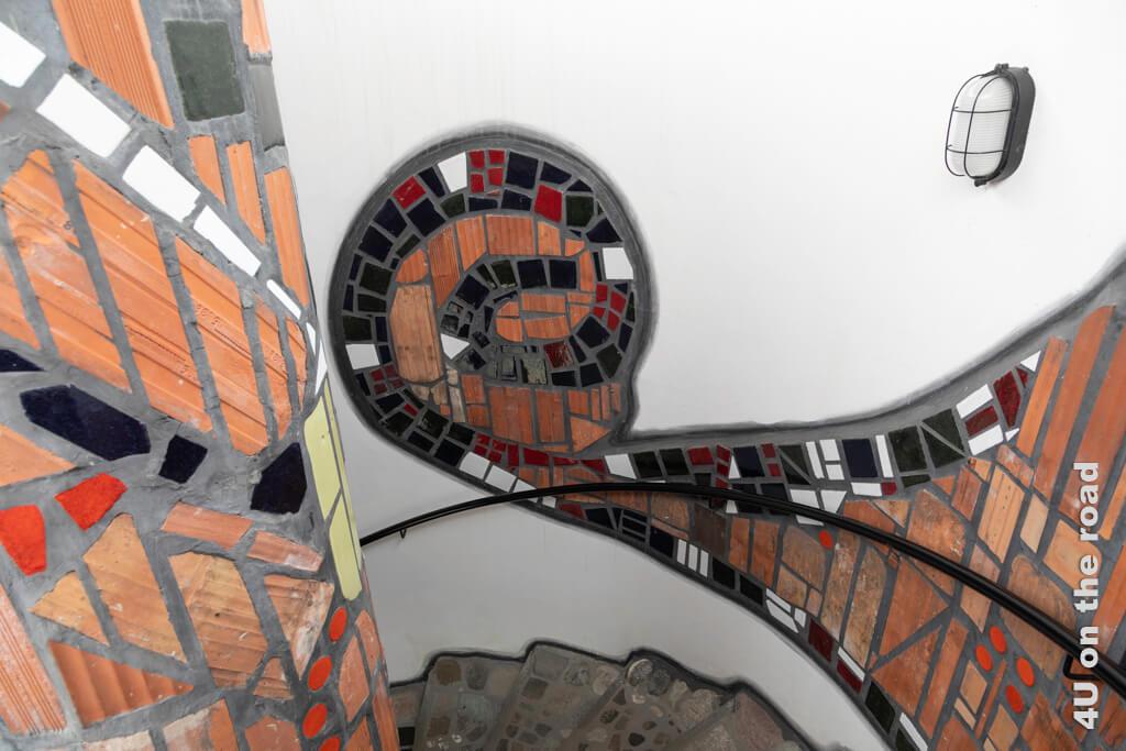 Mosaike im Treppenhaus zum Restaurant - Markthalle Altenrhein
