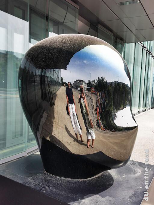 Skulptur vor dem Forum Würth - Rorschach