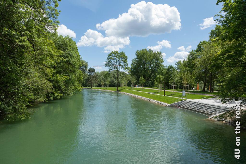 """Badi """"Au-Höngg"""" auf der Werdinsel - im Bild der Schwimmkanal"""