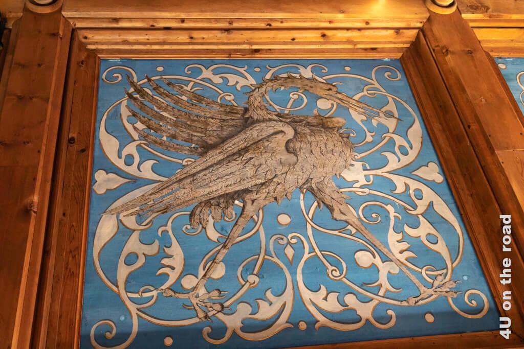 Kranich an der Decke des Rittersaals im Schloss Gruyères