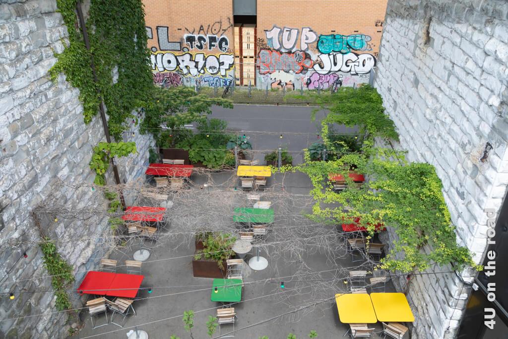 Gartenambiente im Brückenbogen des Wipkinger Viadukts - Entlang der Limmat - Kloster-Fahr-Weg