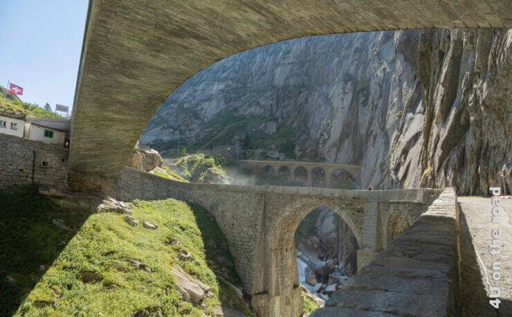 Feature Schöllenenschlucht - Teufelsbrücke