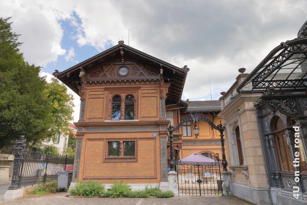 Kutschenhaus der Villa Patumbah