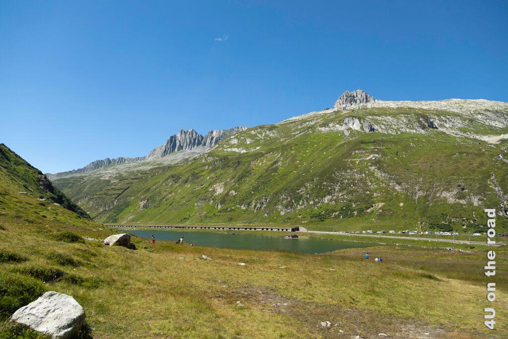 Oberalpsee und Schneehüenerstock - Wanderung Rheinquelle -Toma See