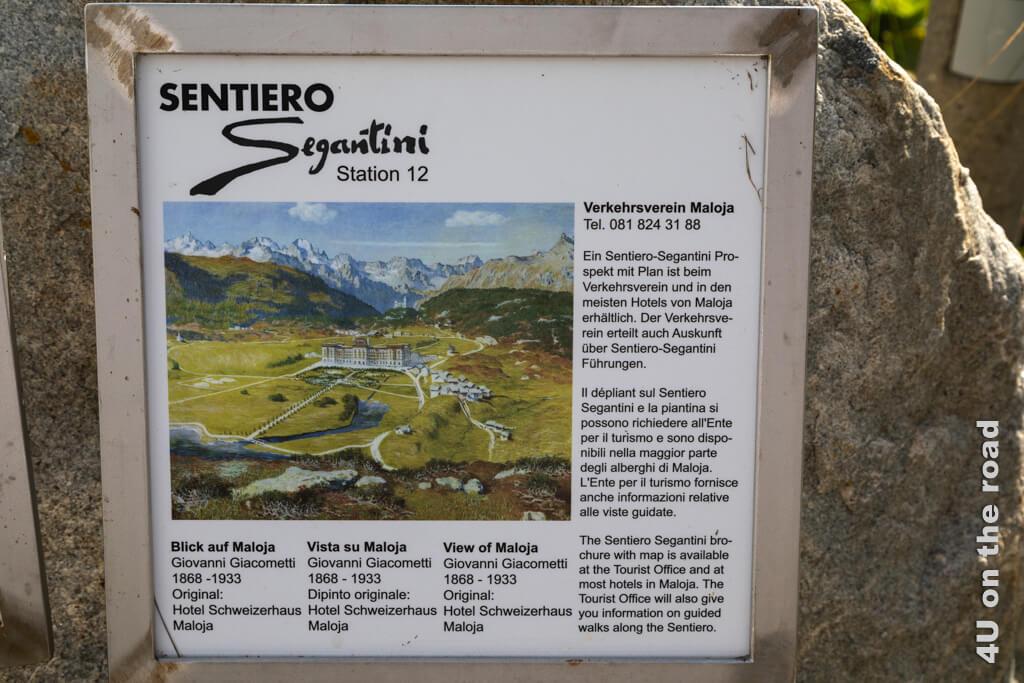 Tafel auf dem Sentiero Segantini mit einem Bild seines Freundes Giovanni Giacometti vom heutigen Hotel Palace