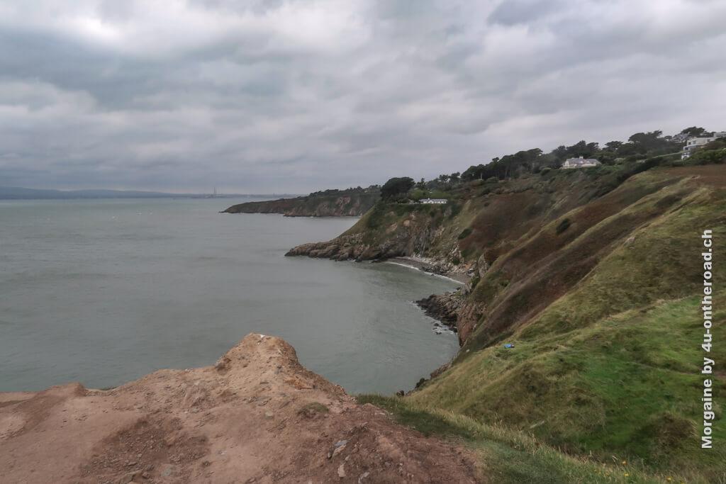 Manche Leute haben Glück und können beim Laufen auf dem Howth Cliff Walk Delfine sehen. Wir haben sie leider nicht gesehen.