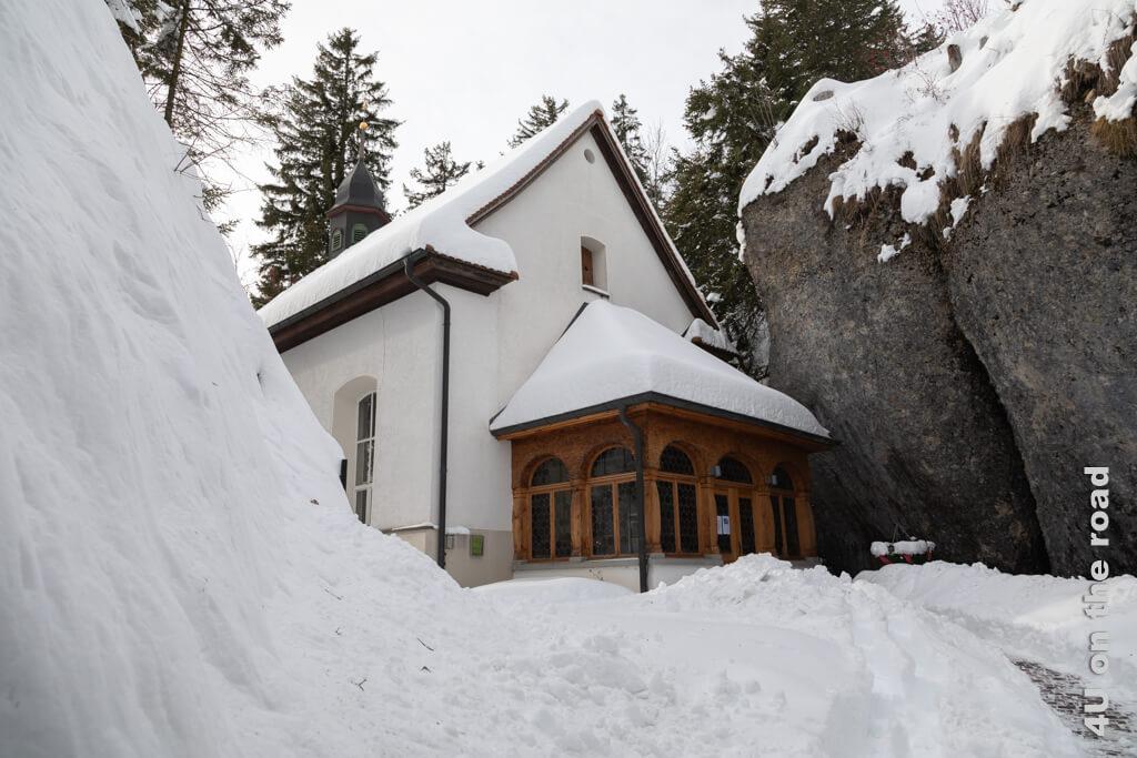 Bereits 1585 wurde eine erste Kapelle hier geweiht. Die heutige Kapelle stammt aus dem Jahr 1779.