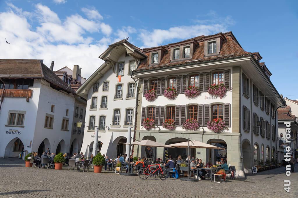 Der Rathausplatz in Thun