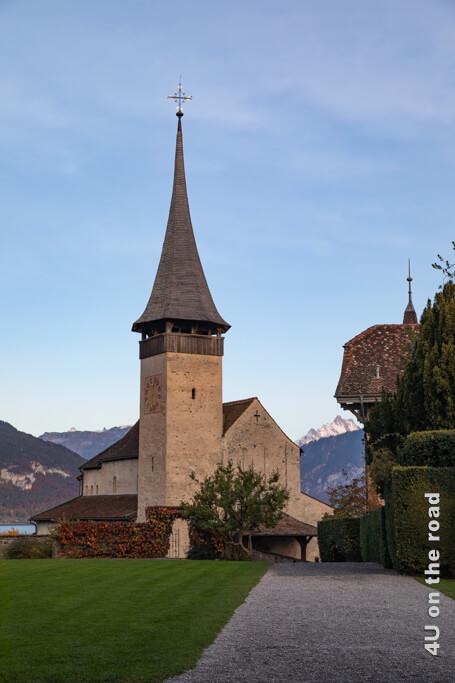 Die alte Schlosskirche aus dem Jahr 1000.