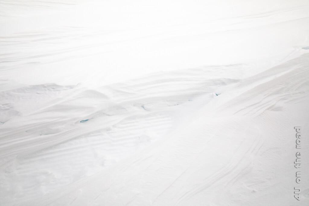 Schneelandschaften durch den Wind geformt - Winterwanderung auf dem Pizol
