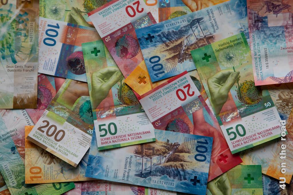 So schön bunt sind die Geldscheine in der Schweiz - Zahlungsmittel Schweiz