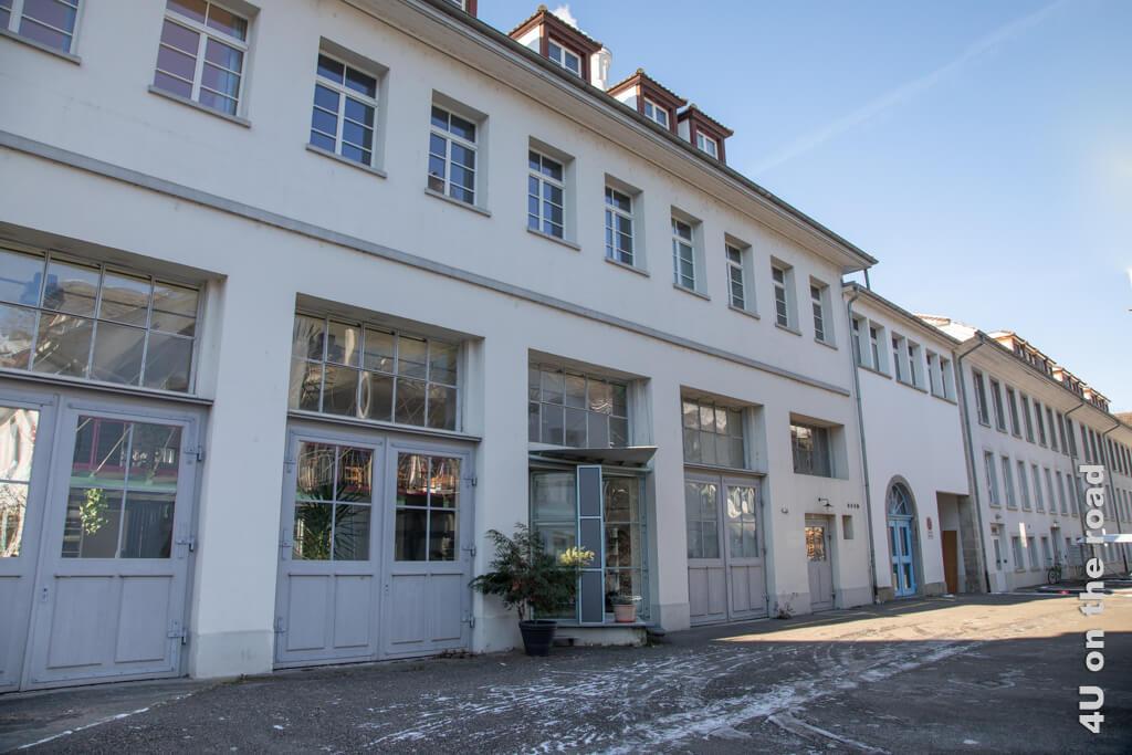 Kesselhaus und alte Spinnerei - Industriegeschichte auf dem Winterspaziergang entlang der Töss