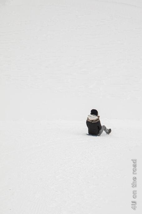 Auf der Plastiktüte abwärts - Winterwanderung auf dem Pizol