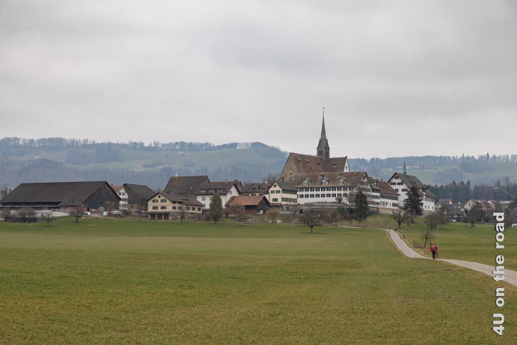 Blick zurück auf das Kloster Kappel