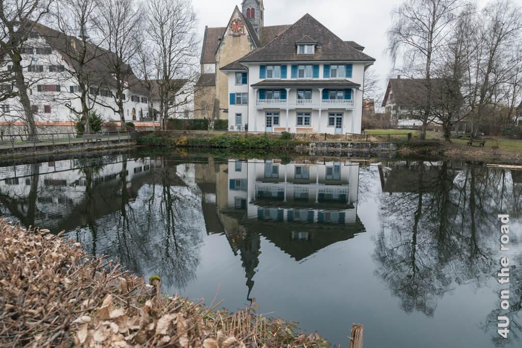 Das Haus am See mit Spiegelung - Kloster Kappel