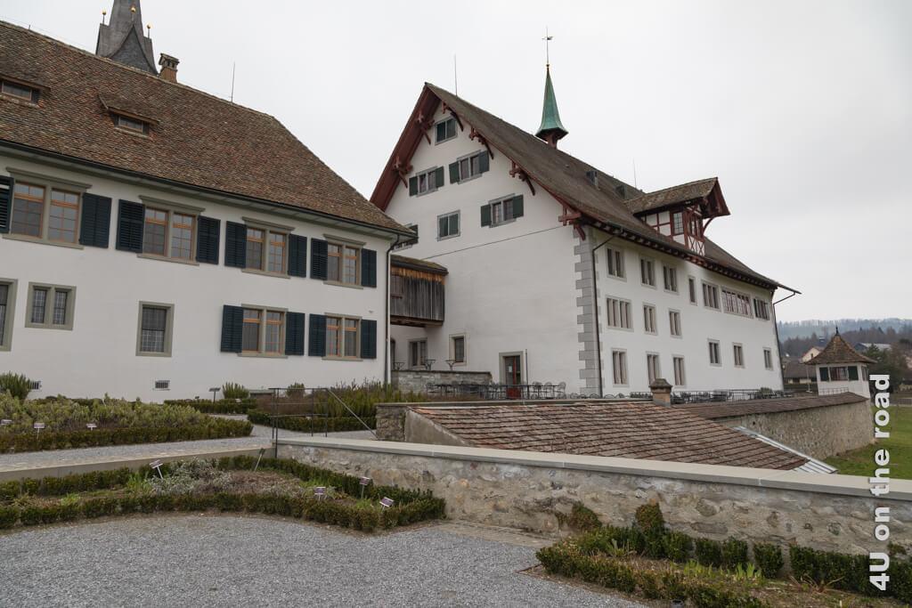 Leider scheint heute die Sonne nicht, aber wir haben genug Fantasie, es uns vorzustellen. Kloster Kappel