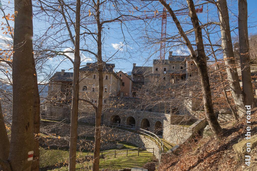 Terra Vecchia vom Wanderweg aus gesehen.