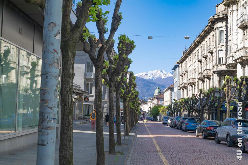 Auf dem Weg zum Markt von Bellinzona.