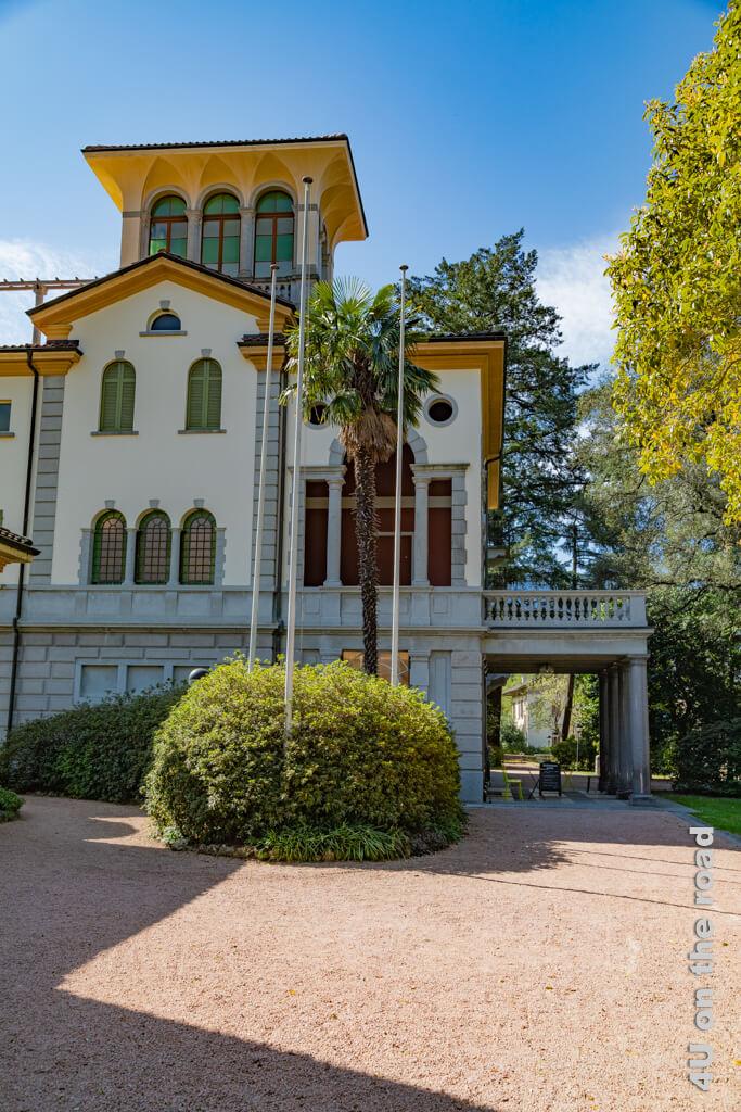 Die Villa Cedri mit ihrem englischen Landschaftspark
