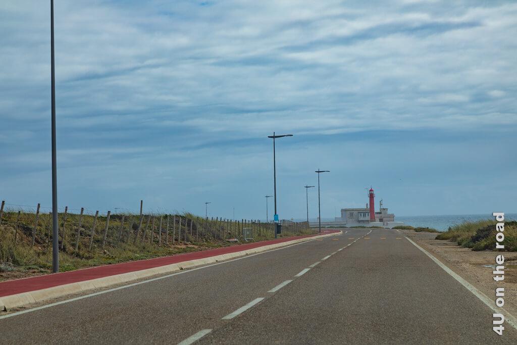 Der Leuchtturm von Cabo Raso - Vom westlichsten Punkt Europas entlang der Küste nach Cascais.